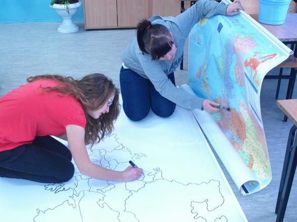 Polish School 1_18_we are making map.jpg